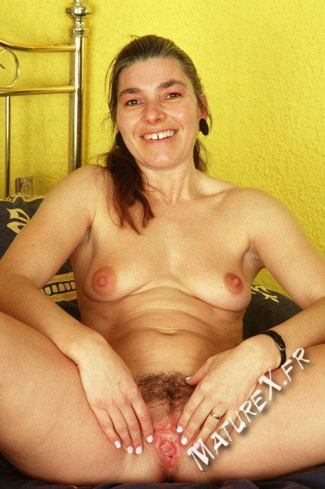 photo mature bernadette - 16