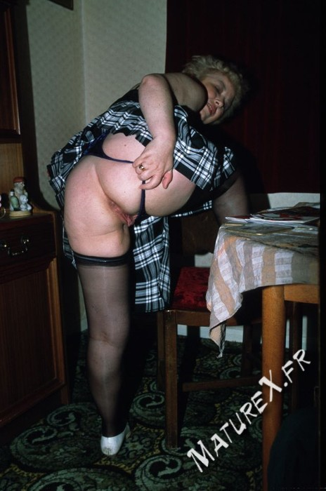 photo mature jackie - 02