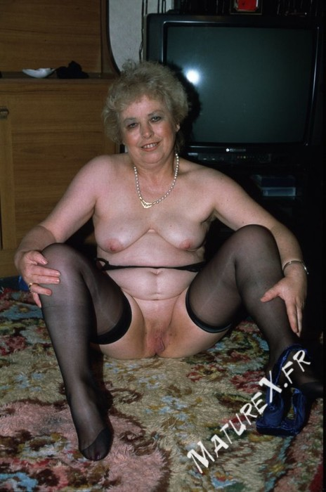 photo mature jackie - 05