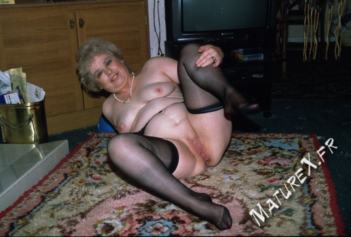 photo mature jackie - 07