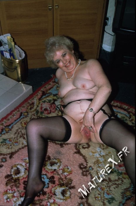 photo mature jackie - 08