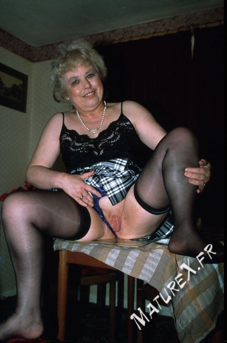 photo mature jackie - 18