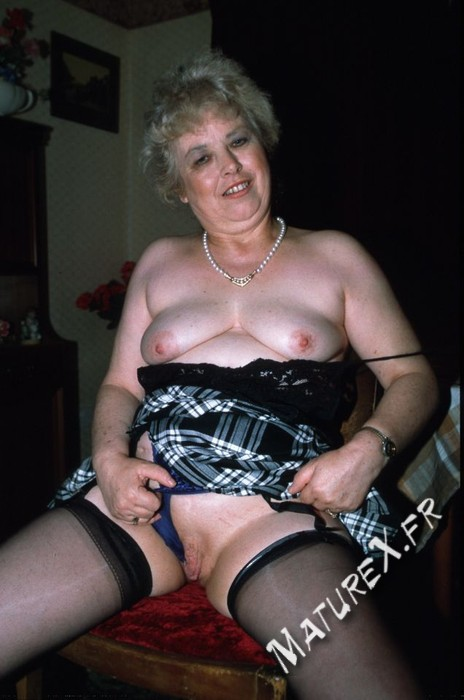 photo mature jackie - 19